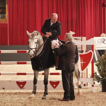 Fieten Olie prijs nationaal 1.35m gewonnen door Albert Zoer